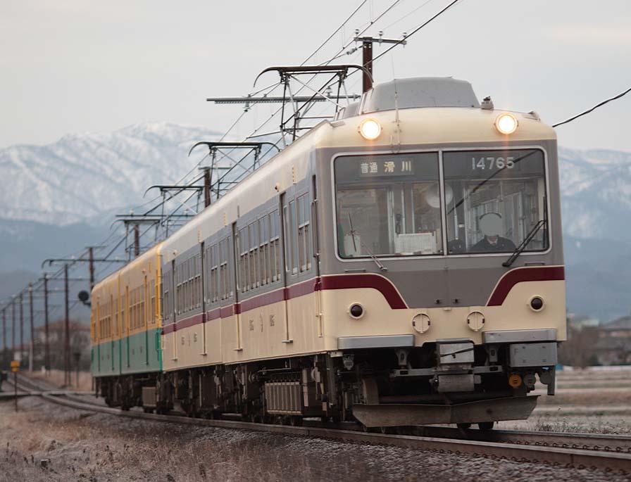 車両 富山 地方 鉄道